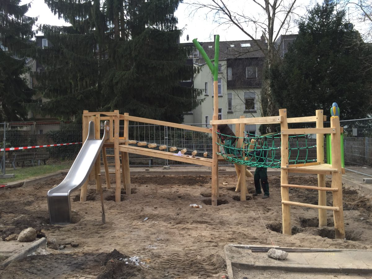Kombianlage, Schule in Essen, vor Sandeinbau